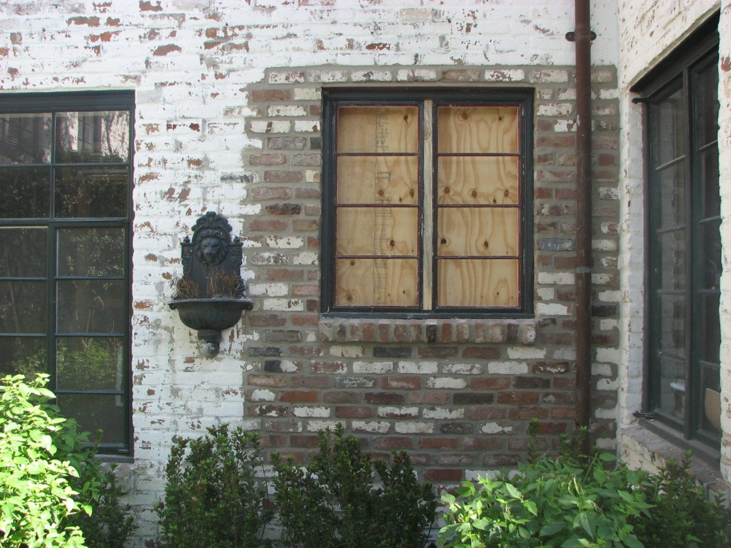 Lime Washed Wall | Slurries and Lime Wash serving Houston-Metro Area